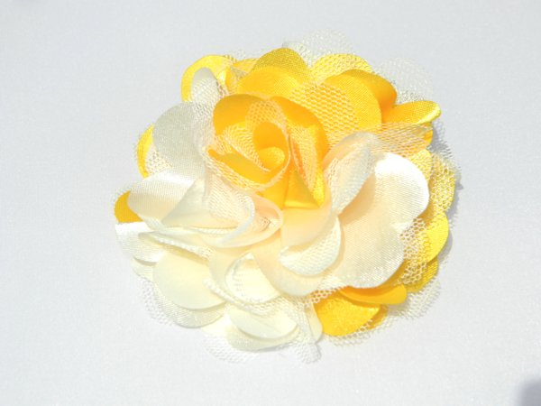 "3"" Multi Yellow Rosette Hair Clip"