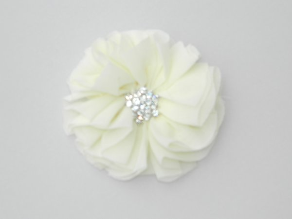 Ivory Starburst Flower Hair Clip